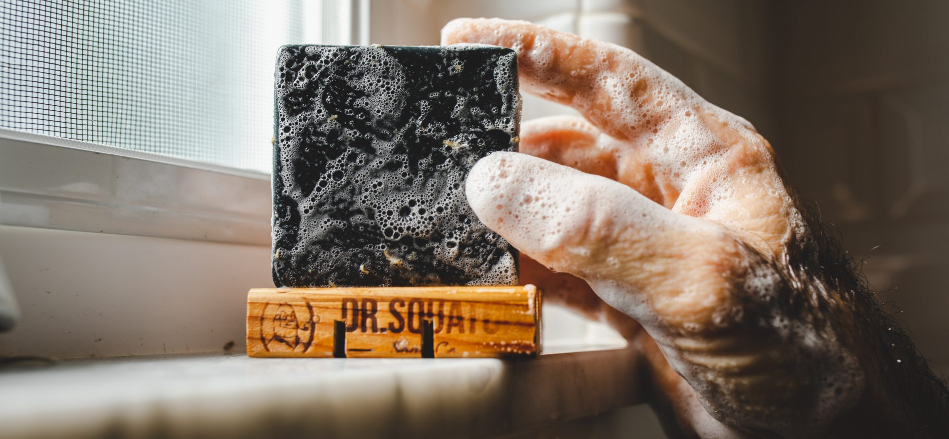which is better bar soap or body wash men